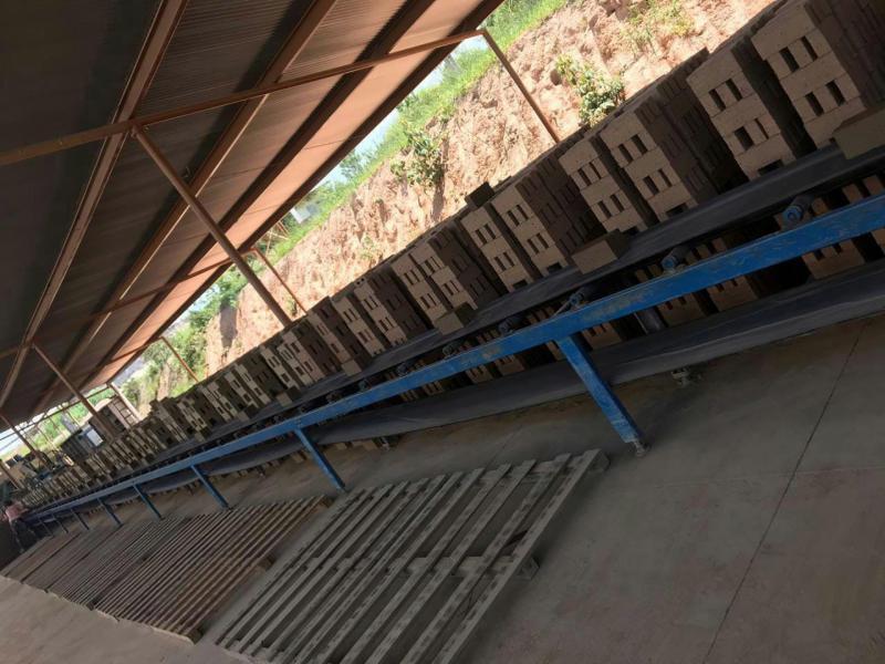 Empresa de fabricação de tijolos